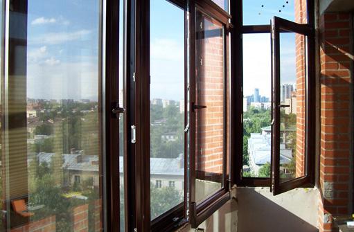 Остекление балкона в Домодедово: признаки хорошей фирмы